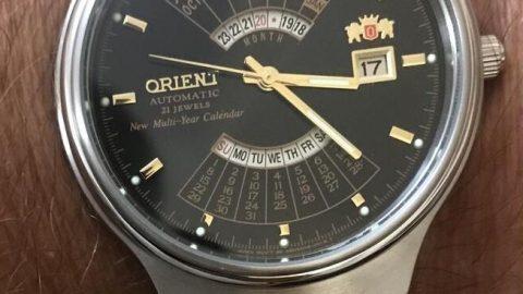Alege ceasul potrivit pentru costumul pe care îl vei purta