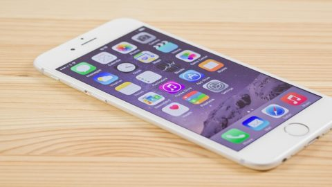 Dupa iPhone 6, Apple lanseaza iPhone Second Edition