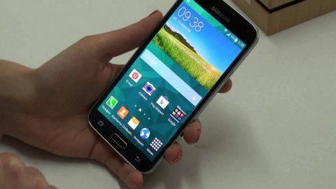 Ce tipuri de reparatii se pot efectua asupra unui telefon Samsung?