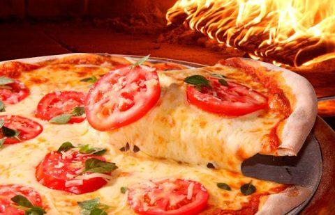 Cum preparati o pizza Iasi gustoasa